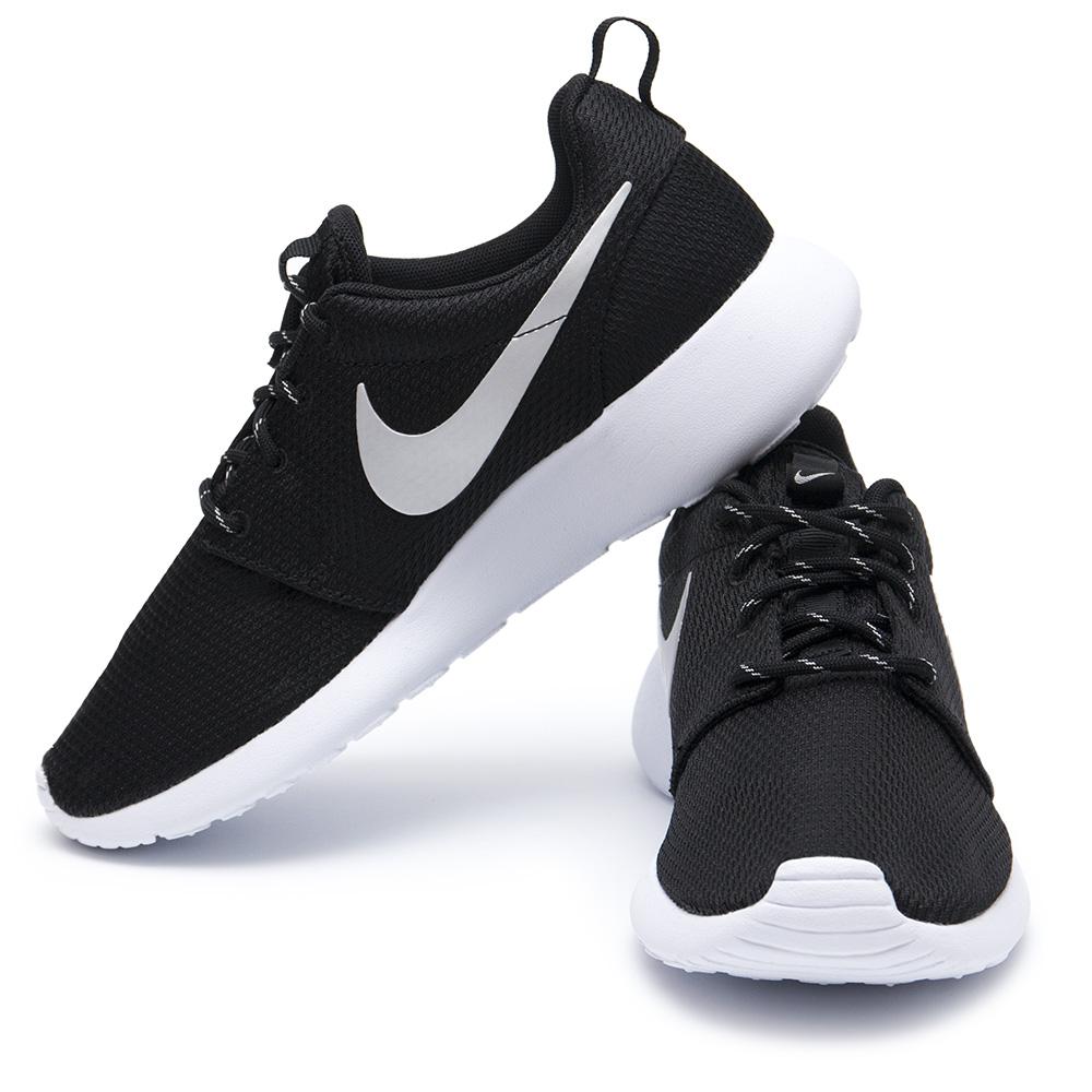 Dámske tenisky Nike neozdobené   Shoozers 95ca2f03d84