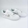 Nike supreme air force 1 white silver